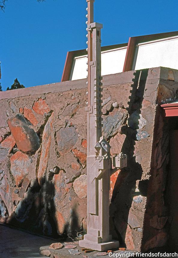 F.L. Wright: Taliesin West. Sculpture.  Photo '77.