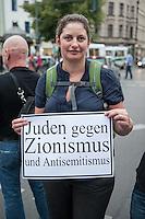 """Israelis demonstrieren in Berlin  gegen Gaza-Krieg.<br /> Mehrere hundert Menschen folgtem einem Aufruf von Israelis und Juden die in Berlin leben zu einer Demonstration gegen den Krieg Israels gegen im Gaza-Streifen. An der Demonstration nahmen auch Menschen aus arabischen Laendern und Deutschland teil. Gemeinsam riefen sie Parolen gegen Israel, Antisemitismus, Antiislamismus und forderten ein sofortiges Ende des Krieges.<br /> Im Bild: Eine juedische Demonstrantin mit einem Schild """"Juden gegen Zionismus und Antisemitismus"""". (Jews against Zionism and Antisemitism).<br /> 30.7.2014, Berlin<br /> Copyright: Christian-Ditsch.de<br /> [Inhaltsveraendernde Manipulation des Fotos nur nach ausdruecklicher Genehmigung des Fotografen. Vereinbarungen ueber Abtretung von Persoenlichkeitsrechten/Model Release der abgebildeten Person/Personen liegen nicht vor. NO MODEL RELEASE! Don't publish without copyright Christian-Ditsch.de, Veroeffentlichung nur mit Fotografennennung, sowie gegen Honorar, MwSt. und Beleg. Konto: I N G - D i B a, IBAN DE58500105175400192269, BIC INGDDEFFXXX, Kontakt: post@christian-ditsch.de<br /> Urhebervermerk wird gemaess Paragraph 13 UHG verlangt.]"""