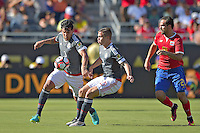 Action photo during the match Costa Rica vs Paraguay, Corresponding Group -A- America Cup Centenary 2016, at Citrus Bowl Stadium<br /> <br /> Foto de accion durante el partido Estados Unidos vs Colombia, Correspondiante al Grupo -A-  de la Copa America Centenario USA 2016 en el Estadio Citrus Bowl, en la foto: (i-d) Gustavo Gomez, Robert de Piris de Paraguay y Marcos Urena de Costa Rica<br /> <br /> <br /> <br /> 04/06/2016/MEXSPORT/Isaac Ortiz.