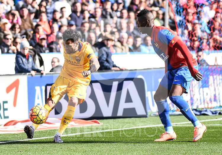 Levante's   Jefferson Lerma  and FC Barcelona's Daniel Alves  during La Liga match. February 7, 2016. (ALTERPHOTOS/Javier Comos)