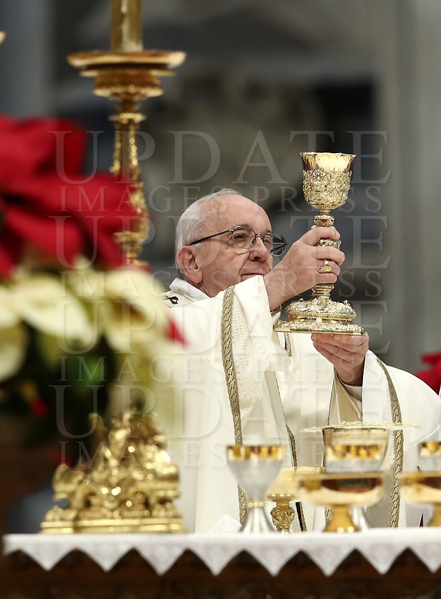 Pope Francis celebrates the Epiphany Mass in St. Peter's Basilica at the Vatican, on January 6, 2019.<br /> UPDATE IMAGES PRESS/Isabella Bonotto<br /> <br /> STRICTLY ONLY FOR EDITORIAL USE