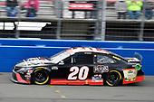 #20: Erik Jones, Joe Gibbs Racing, Toyota Camry Reser's Fine Foods