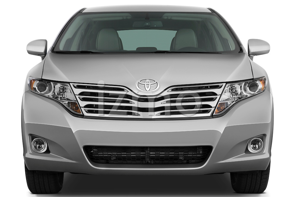 Straight front view of a 2009 Toyota Venza