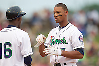 Cedar Rapids Kernels outfielder Byron Buxton #7 looks on during a game against the Kane County Cougars at Veterans Memorial Stadium on June 8, 2013 in Cedar Rapids, Iowa. (Brace Hemmelgarn/Four Seam Images)