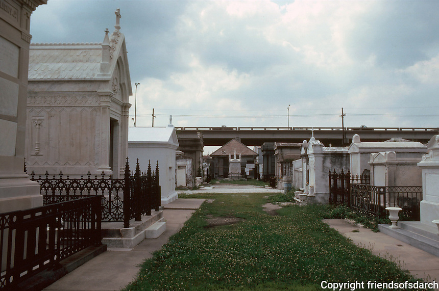 New Orleans:  St. Louis Cemetery.  All graves were above ground vaults constructed in 18th & 19th centuries. Mixture of folklore and fact. Due more to French and Spanish tradition rather than water table.