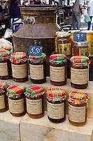 Korsische Marmelade auf dem Markt auf der Place Foch in Ajaccio, Korsika, Frankreich