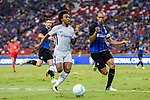 Chelsea Midfielder Willian da Silva (L) plays against FC Internazionale Defender Joao Miranda (R) during the International Champions Cup 2017 match between FC Internazionale and Chelsea FC on July 29, 2017 in Singapore. Photo by Marcio Rodrigo Machado / Power Sport Images