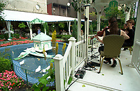 Montreal (Qc) CANADA -file -<br /> <br /> The inside yard of the Ritz Hotel with his duck pound and violin players<br /> <br /> <br /> photo : Pierre Roussel /  Images Distribution