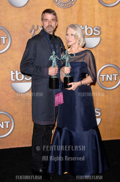 HELEN MIRREN & JEREMY IRONS at the 13th Annual Screen Actors Guild Awards at the Shrine Auditorium..January 28, 2007  Los Angeles, CA.Picture: Paul Smith / Featureflash