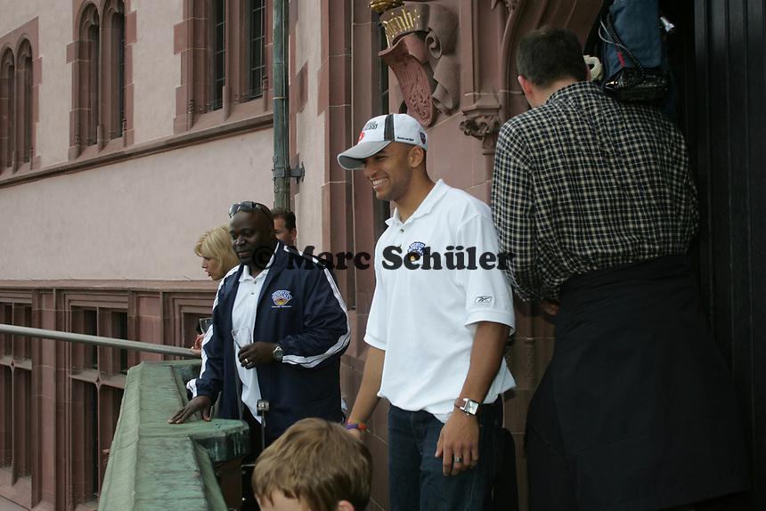 Jeff Brown (Cornerback Frankfurt Galaxy) grinst ¸ber beide Ohren
