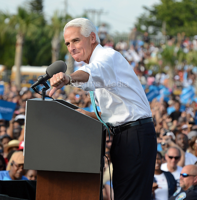 HOLLYWOOD, FL - NOVEMBER 04:   Charlie Crist attends a rally for US President Barack Obama at the McArthur High School in Hollywood, Florida, Obama and challenger Mitt Romney criss-crossed America on Sunday, appealing for votes in a two-day final dash for the US election win that both sides claim is within their grasp. on October 11, 2012 in Hollywood, Florida.<br /> <br /> People:  Charlie Crist<br /> <br /> Transmission Ref:  FLXX<br /> <br /> Must call if interested<br /> Michael Storms<br /> Storms Media Group Inc.<br /> 305-632-3400 - Cell<br /> 305-513-5783 - Fax<br /> MikeStorm@aol.com