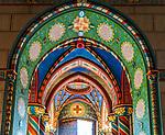 Deutschland, Nordrhein-Westfalen, Kevelaer: St. Marien Basilika - Innenraum (Teilansischt) | Germany, Northrhine-Westphalia, Kevelaer: St Mary Basilica - interior (close-up)