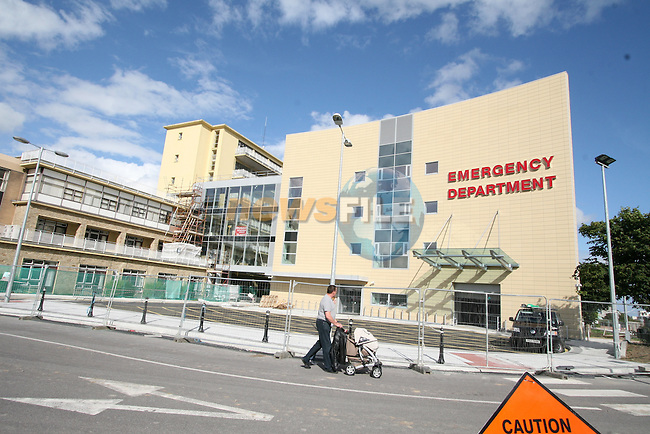 Our Lady of Lourdes Hospital New Accident and Emergency Building...Photo NEWSFILE/Jenny Matthews.(Photo credit should read Jenny Matthews/NEWSFILE)....This Picture has been sent you under the condtions enclosed by:.Newsfile Ltd..The Studio,.Millmount Abbey,.Drogheda,.Co Meath..Ireland..Tel: +353(0)41-9871240.Fax: +353(0)41-9871260.GSM: +353(0)86-2500958.email: pictures@newsfile.ie.www.newsfile.ie.FTP: 193.120.102.198.