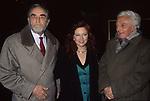 """DINO RISI CON AGOSTINA BELLI E VITTORIO GASMANN  PRIMADEL  FILM """"PROFUMO DI DONNA""""  ETOILE ROMA  1993"""
