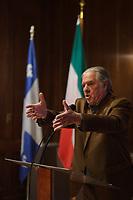 Montreal , CANADA -  Nov 21,  2014 - Pierre Curzi named '' Patriote de l'annee '' by the Societe Saint-Jean-Baptiste du Quebec,<br /> <br /> Photo :  Agence Quebec Presse - Pierre Roussel