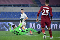 Ze Carlos of SC Braga and Pau Lopez of AS Roma during the Europa League round of 32 2nd leg football match between AS Roma and Braga at stadio Olimpico in Rome (Italy), February, 25th, 2021. Photo Andrea Staccioli / Insidefoto