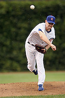 August 18, 2007: Chicago Cubs pitcher Kerry Wood warming up in the bullpen at Wrigley Field in Chicago, IL.  Photo by:  Chris Proctor/Four Seam Images