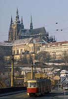 - Prague, the Castle and S.Vito cathedral  ....- Praga, il Castello e la cattedrale di S.Vito