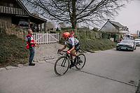 Ashleigh Moolman chasing back on at the top of the Taaienberg after crashing, 16th Ronde Van Vlaanderen<br /> <br /> Elite Womans Race (1.WWT)<br /> <br /> One day race from Oudenaarde to Oudenaarde<br /> ©Jojo Harper for Kramon