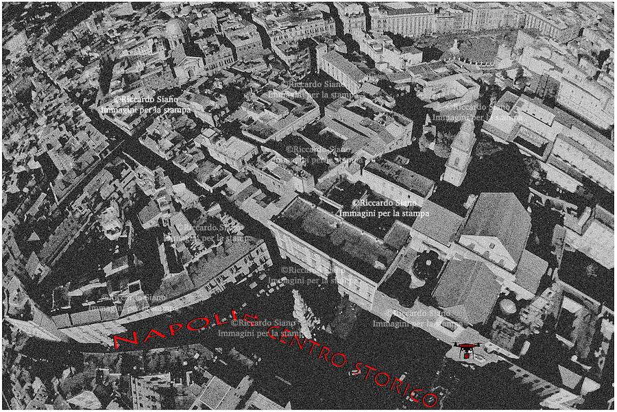 - NAPOLI 8 FEB  -  centro storico piazza Gesù