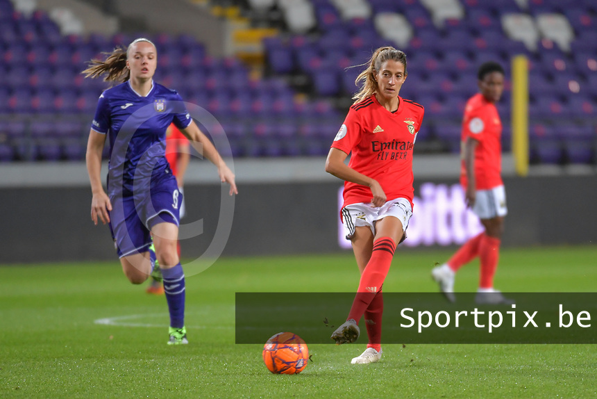Benfica's defender Silvia Rebelo (4) pictured during a female soccer game between RSC Anderlecht Dames and Portugese Benfica Ladies  in the second qualifying round for the Uefa Womens Champions League of the 2020 - 2021 season , Wednesday 18 th of November 2020  in ANDERLECHT , Belgium . PHOTO SPORTPIX.BE | SPP | STIJN AUDOOREN