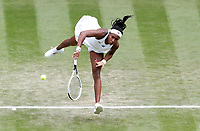 Sport Bilder des Tages 1st July 2021; Wimbledon, SW London. England; Wimbledon Tennis Championships, day 4;  Coco Gauff of the United States competes during the womens singles second round match