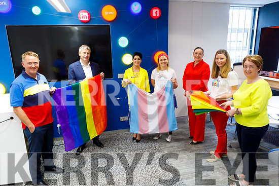 Kerry Pride being endorsed by Bank of Ireland staff on Friday.<br /> L to r: Pat Carmody, Pa Daly (TD), Catherine O'Sullivan, Deirdre Cullinan, Jenny Douglas, Brigetta Culhane and Maev Nelan.