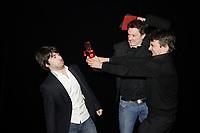 Montreal (QC) CANADA - May 18  2011  Gala NUMIX :  Production Web TÈlÈ - Section Fiction et Dramatique. Gagnant : En audition avec simon-a_Media : Guillaume L'esperance, A_Media, Simon-Olivier Fecteau, RÈalisateur, JÈrÙme Helio, Tou.tv<br /> <br /> Photo : (c) 2011, Pierre Roussel -  Pour Usage editorial relie au gala NUMIX 2011