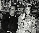 RENZO ARBORE CON MARIANGELA MELATO<br /> TESTA AL CHARLIE CLUB ROMA 1977