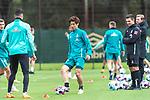 16.10.2020, Trainingsgelaende am wohninvest WESERSTADION - Platz 12, Bremen, GER, 1.FBL, Werder Bremen Abschlusstraining<br /> <br /> Aufwaermtraining<br /> Yuya Osako (Werder Bremen #08)<br />  ,Ball am Fuss, <br /> <br /> <br /> <br /> Foto © nordphoto / Kokenge