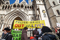 """18.03.2014 - """"Solidarity Picket: 'Police Spies Out of Lives' Women in Court"""""""