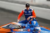 #9: Scott Dixon, Chip Ganassi Racing Honda celebrates winning the NTT P1 Award and pole position
