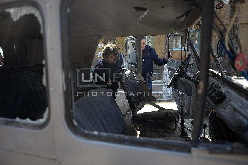 Police is working on evidence after the attempt of armed assault by pro-russian activists on Mariupol military base