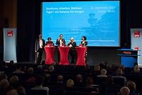 """Diskussion """"Tegel - ein Zuhause fuer morgen. Wohnen, Arbeiten, Studieren""""<br /> Die SPD-Berlin veranstaltete am Montag den 11. September 2017 zum Thema Zukunft des Flughafen Tegel nach der Schliessung eine Diskussionsveranstaltung in der Berliner Urania. Es diskutierten der Regierender Buergermeister und Landesvorsitzender der SPD Berlin, Michael Mueller; die Senatorin fuer Wirtschaft, Energie und Betriebe, Ramona Pop (Buendnis 90/Die Gruenen); die Senatorin fuer Stadtentwicklung und Wohnen Katrin Lompscher (Die Linke) und Joerg Stroedter, Mitglied des Abgeordnetenhauses (SPD).<br /> In einem Vortrag stellte Dr. Philipp Boutieller, Chef der Tegel Projekt GmbH, das Nutzungskonzept fuer die Flaeche des alten West-Berliner Innenstadt-Flughafen als Wissenschaftsstandort, Landschaftspark und der Bebauung mit dringend benoetigtem Wohnraum vor.<br /> Im Bild vlnr.: Joerg Stroedter; Katrin Lompscher; Michael Mueller; Moderatorin Dunja Wolff; Ramona Pop.<br /> 11.9.2017, Berlin<br /> Copyright: Christian-Ditsch.de<br /> [Inhaltsveraendernde Manipulation des Fotos nur nach ausdruecklicher Genehmigung des Fotografen. Vereinbarungen ueber Abtretung von Persoenlichkeitsrechten/Model Release der abgebildeten Person/Personen liegen nicht vor. NO MODEL RELEASE! Nur fuer Redaktionelle Zwecke. Don't publish without copyright Christian-Ditsch.de, Veroeffentlichung nur mit Fotografennennung, sowie gegen Honorar, MwSt. und Beleg. Konto: I N G - D i B a, IBAN DE58500105175400192269, BIC INGDDEFFXXX, Kontakt: post@christian-ditsch.de<br /> Bei der Bearbeitung der Dateiinformationen darf die Urheberkennzeichnung in den EXIF- und  IPTC-Daten nicht entfernt werden, diese sind in digitalen Medien nach §95c UrhG rechtlich geschuetzt. Der Urhebervermerk wird gemaess §13 UrhG verlangt.]"""