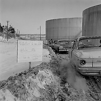 1964 01 LAB - GREVE IRVING OIL - QUEBEC