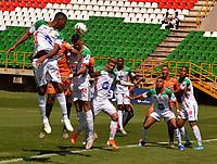TUNJA-COLOMBIA, 01-03-2020: Llaneros F.C. y Real Cartagena, durante partido por la fecha 5 del Torneo BetPlay DIMAYOR I 2020 en el estadio La Independencia de la ciudad de Tunja. / Llaneros F.C. y Real Cartagena, during a match for the 5th date of the BetPlay DIMAYOR I 2020 tournament at the La Independencia de stadium in Tunja city. / Photos: VizzorImage / Jose Miguel Palencia / Cont.