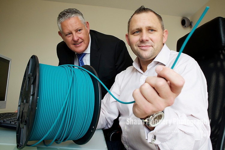 Pix: Shaun Flannery/shaunflanneryphotography.com...COPYRIGHT PICTURE>>SHAUN FLANNERY>01302-570814>>07778315553>>..30th September 2010..........Sheffield Business Park - UK Communications..Graham Sadler (jacket), Managing Director of Sheffield Business Park pictured with Jamie Martin, MD of UK Communications.
