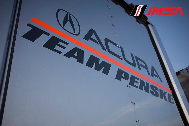 #6 Acura Team Penske Acura DPi, DPi: Juan Pablo Montoya, Dane Cameron, #7 Acura Team Penske Acura DPi, DPi: Helio Castroneves, Ricky Taylor, transporter, logo