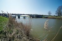 peloton over the Yzer river <br /> <br /> 3 Days of West-Flanders<br /> stage 2: Nieuwpoort - Ichtegem 186km