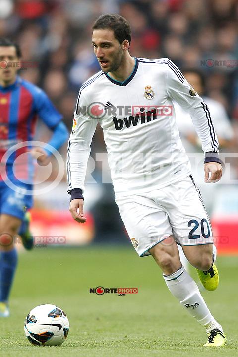 Real Madrid's Gonzalo Higuain during La Liga BBVA match. April 6, 2013.(ALTERPHOTOS/Alconada)