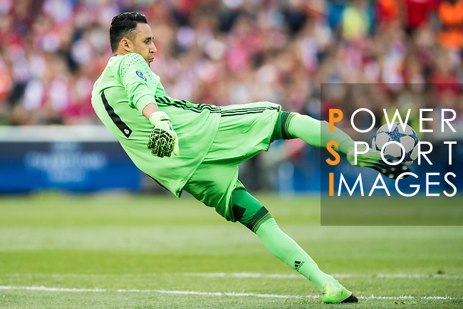 Goalkeeper Keylor Navas of Real Madrid in action during their 2016-17 UEFA Champions League Semifinals 2nd leg match between Atletico de Madrid and Real Madrid at the Estadio Vicente Calderon on 10 May 2017 in Madrid, Spain. Photo by Diego Gonzalez Souto / Power Sport Images