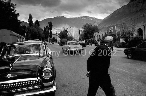 Horag, Tajikistan .1996.Daily life in the inpoverished Taji/Afghan border town..