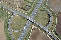 A 26, Abfahrt Dollern Steinkirchen : EUROPA, DEUTSCHLAND, NIEDERSACHSEN (EUROPE, GERMANY), 11.04.2011: BAB Abfahrt Dollern Steinkirchen,   A 26, Ausbau, Abfahrt, Neubau, Spuren, Fahrbahn, Neubau,  BAB , Kreuz,  Verkehrsweg, Strasse, Trasse,  Luftbild, Luftansicht, Air, Aufwind-Luftbilder..c o p y r i g h t : A U F W I N D - L U F T B I L D E R . de.G e r t r u d - B a e u m e r - S t i e g 1 0 2, .2 1 0 3 5 H a m b u r g , G e r m a n y.P h o n e + 4 9 (0) 1 7 1 - 6 8 6 6 0 6 9 .E m a i l H w e i 1 @ a o l . c o m.w w w . a u f w i n d - l u f t b i l d e r . d e.K o n t o : P o s t b a n k H a m b u r g .B l z : 2 0 0 1 0 0 2 0 .K o n t o : 5 8 3 6 5 7 2 0 9.V e r o e f f e n t l i c h u n g  n u r  m i t  H o n o r a r  n a c h M F M, N a m e n s n e n n u n g  u n d B e l e g e x e m p l a r !.