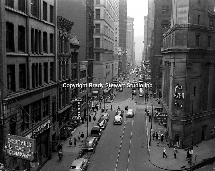 Pittsburgh PA:  View looking west on Wood Street taken from the 4th floor of the 725 Gamble Building on Liberty Avenue.