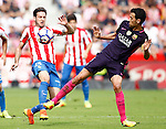 Sporting de Gijon's Duje Cop (l) and FC Barcelona's Sergio Busquets during La Liga match. September 24,2016. (ALTERPHOTOS/Acero)