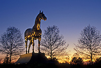 AJ4193, Lexington, Kentucky Horse Park, Kentucky, Statue of Man O' War at Kentucky Horse Park at sunset in Lexington in the state of Kentucky.