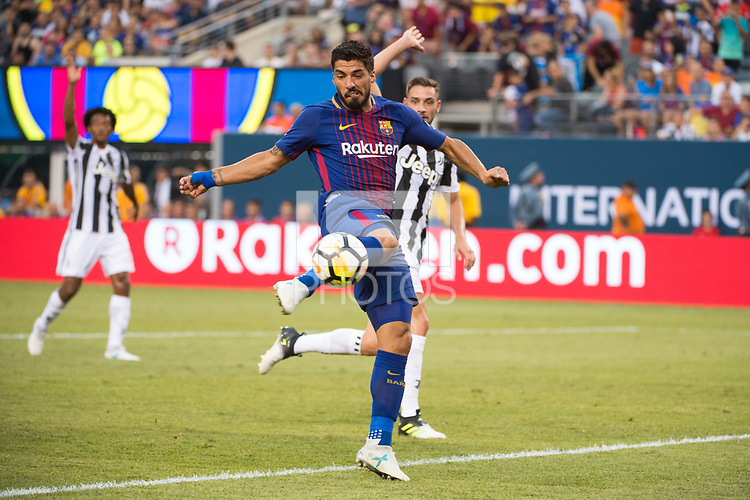 EAST RUTHERFORD, New Jersey - Saturday, July 22, 2017: Barcelona FC takes on Juventus in the Guinness International Champions Cup at MetLife Stadium.