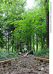 TRACK<br /> <br /> de Graeme Miller<br /> Cadre : Festival des fabriques<br /> Lieu : Parc Jean-Jacques Rousseau<br /> Ville : Ermenonville<br /> Le 08/06/2013<br /> © Laurent Paillier / photosdedanse.com