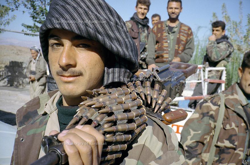 Iraq 2000.Portrait of a young PUK peshmerga on the road to Koysanjak.<br /> Irak 2000. Portrait d'un jeune peshmerga de l'UPK  sur la route de Koysanjak