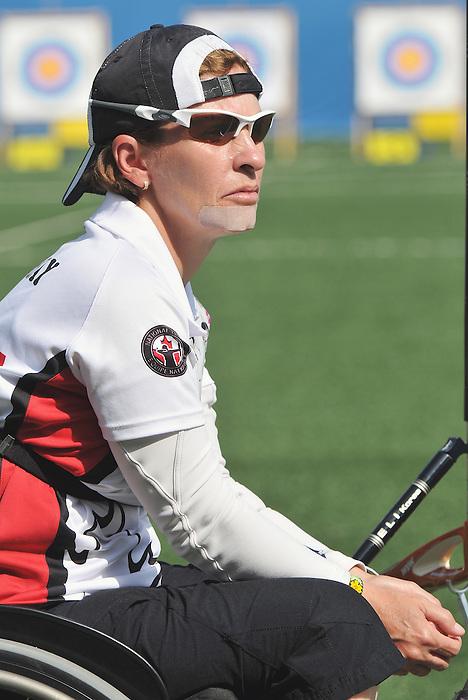 Lyne Tremblay, Guadalajara 2011 - Para Archery // Paratir à l'arc.<br /> Lyne Tremblay competes in Para Archery // Lyne Tremblay participe en paratir à l'arc. 11/12/2011.